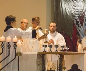 Missa de 32 anos Comunidade Arca da Aliança e Consagração - Joinville/SC